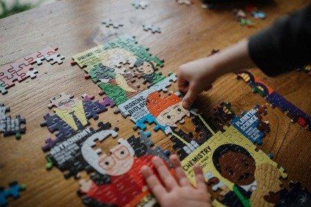 Mudpuppy Puzzle rodzinne Wybitni naukowcy 500 elementów 8+
