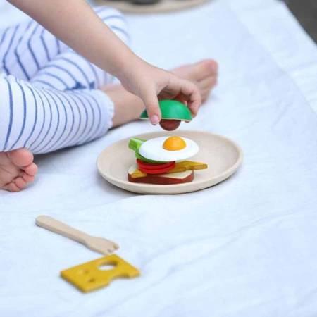 Śniadanie na talerzu z Awokado, Plan Toys
